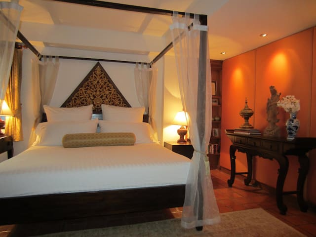 Closest 2 BR to Nai Harn Beach- Chic & Fabulous - Phuket, Thailand