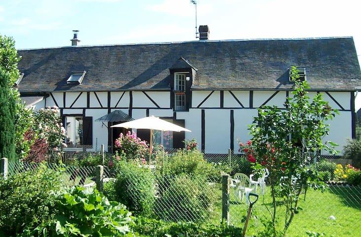 Les 4 Oiseaux - bed and breakfast - Sigy-en-Bray - Bed & Breakfast
