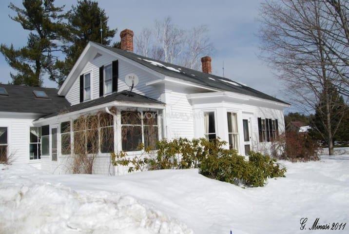 Winter Wonderland @ 1790 Farmhouse, #2 - Hopkinton