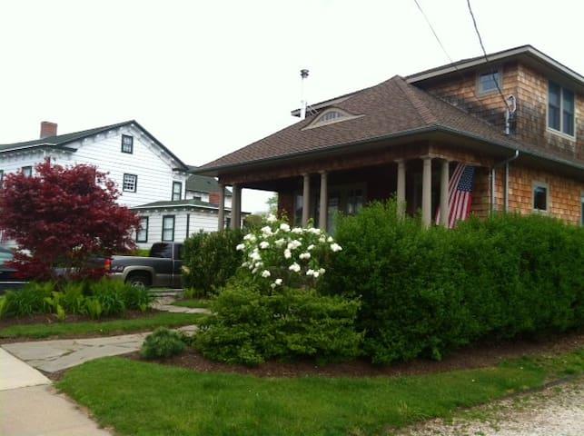 Home on Sterling Harbor, Greenport - グリーンポート - 一軒家