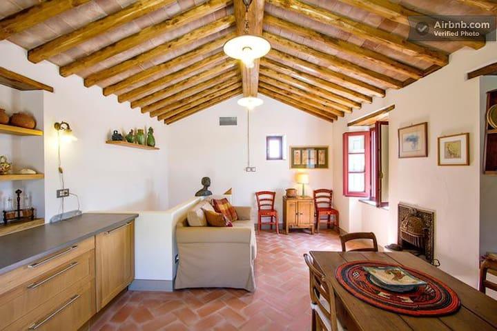 The Five Oaks Cottage - Cennina