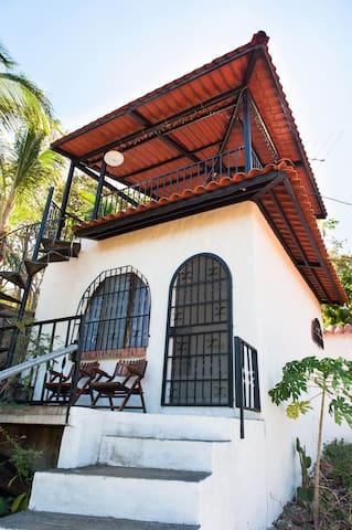 Cabina Blanca - Cozy & Secluded - Playa Conchal - Kabin