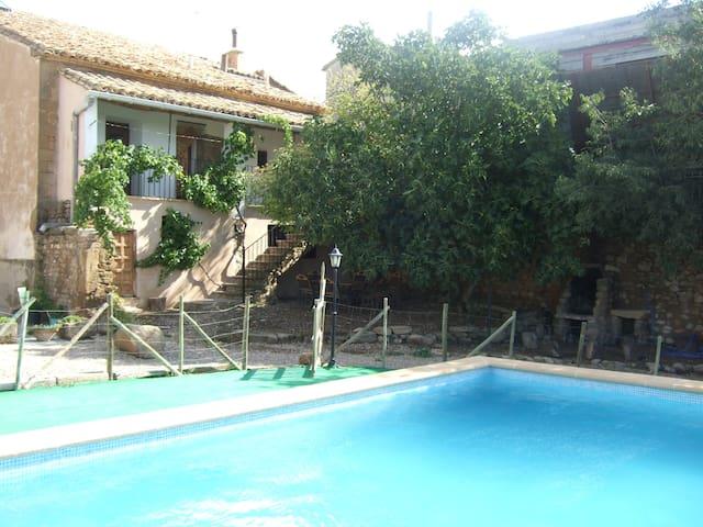 Casa Bernues - Aniés