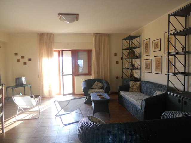 For those who love the sea. - Soverato Marina - Apartmen