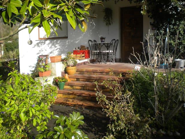 Beautiful country house and garden - San Miguel de Meruelo - Ev