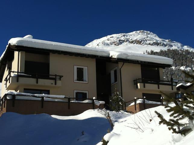 Celerina: house with fantastic view - Celerina/Schlarigna - Rumah