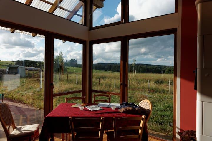 bio-kamer met prachtig uitzicht  - Büllingen - Talo