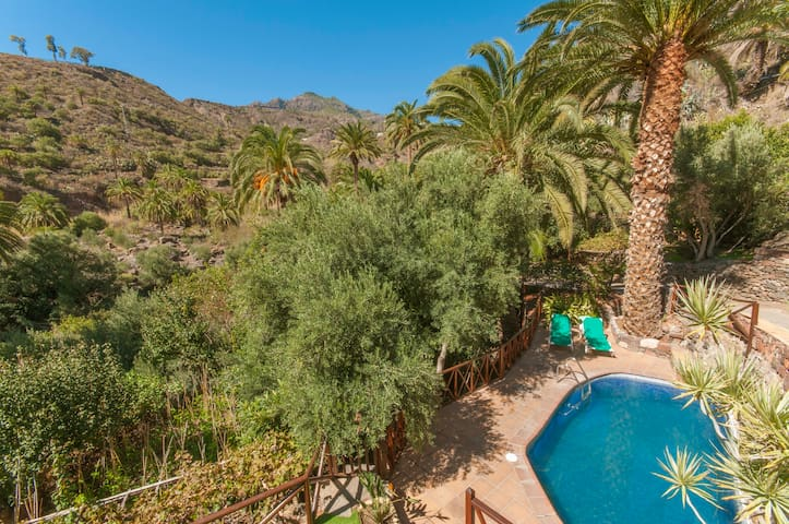 Holiday cottage with pool (GC0260) - La Montaña