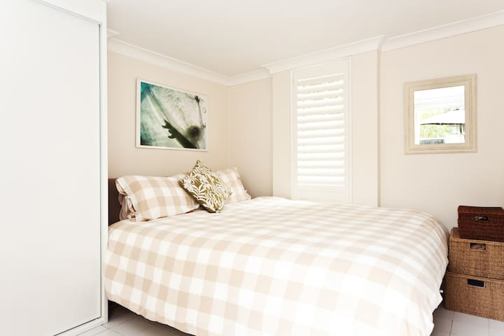 Cosy self contained studio room - Hunters Hill - Appartement
