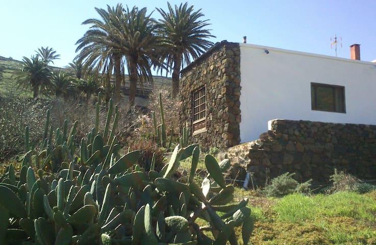 Habitación en Casa ENTREPALMERAS - Haría
