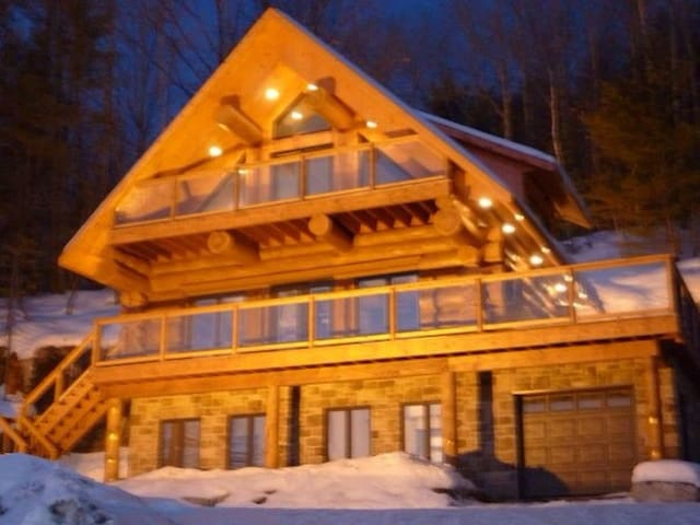 Log home Scandinavian,  spa - Saint-Hippolyte - Hytte (i sveitsisk stil)