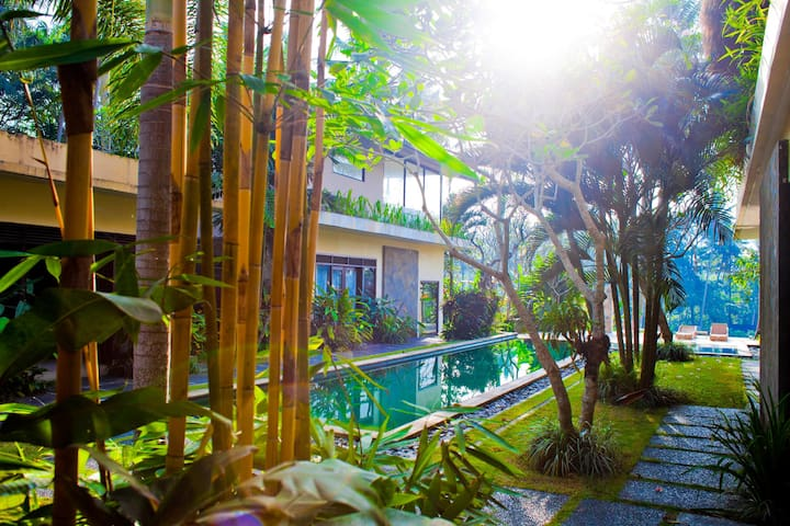 The Great Villa Roulette! - Ubud
