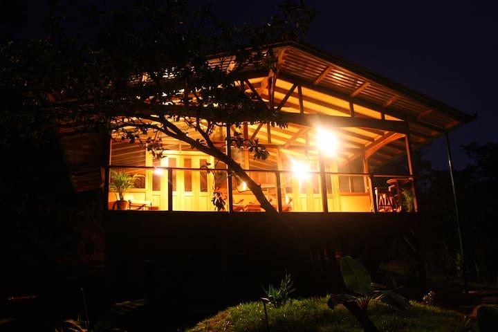River, Ocean, Rainforest Cabina - Bahía Drake - Huis