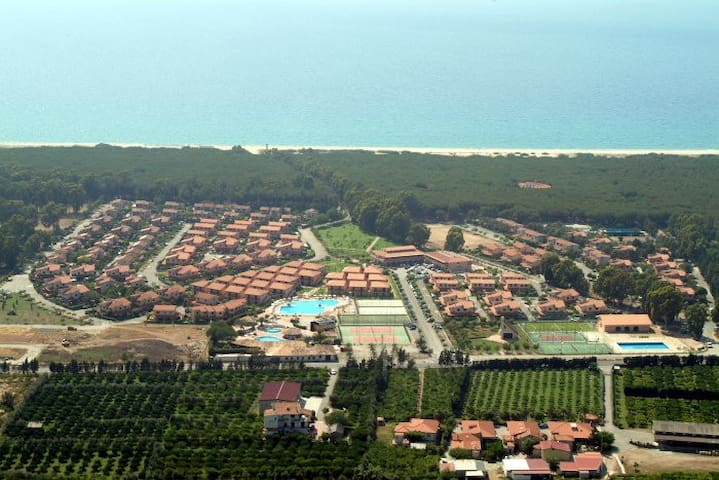 Villa with garden in a private residence in Pizzo - Contrada Difesa I - Villa