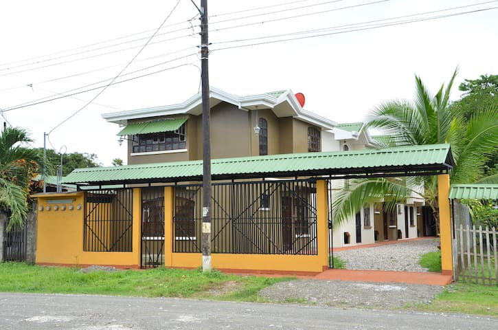 Aparthotel Herrera - Puerto Jiménez - Byt