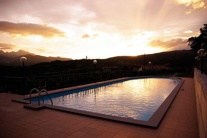 Wonderful duplex, Pool & Terrace - Castiglione di Garfagnana