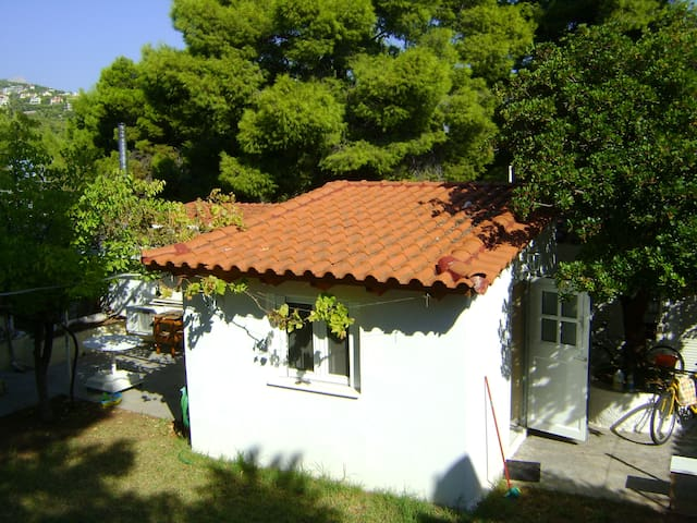 A cozy house at an amazing area! - Νέα Μάκρη - Huis