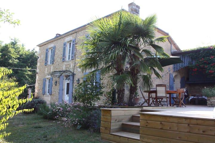 Family cottage  - Saint-Laurent-du-Bois