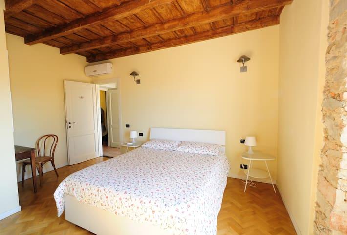 Cascina Il Colombee  B&B - Montevecchia - Bed & Breakfast