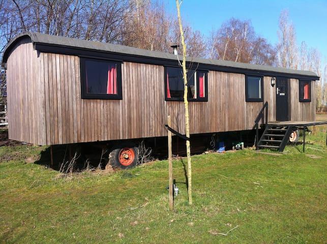 Woonwagen/ Pipowagen op boerderij - Heusden Gem Asten - Lainnya