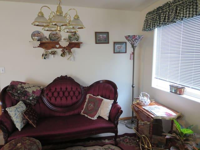 Ruby Wray's Coastal Home - Nehalem