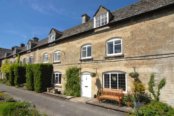Cotswolds charming two-bed cottage - Stroud - Hus
