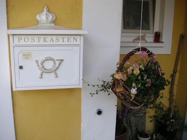 Künstlerhaus in Eckental - Eckental - Hus