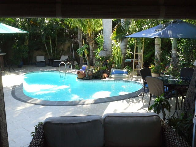 ParadiseNest authentic mauritian deluxe room - black river - Bed & Breakfast