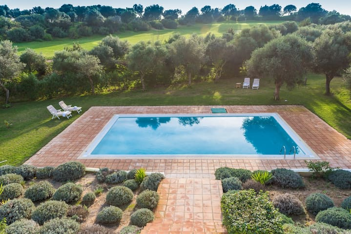 Dalia-Villa for 10. Pool+big garden - Benalup-Casas Viejas - Villa