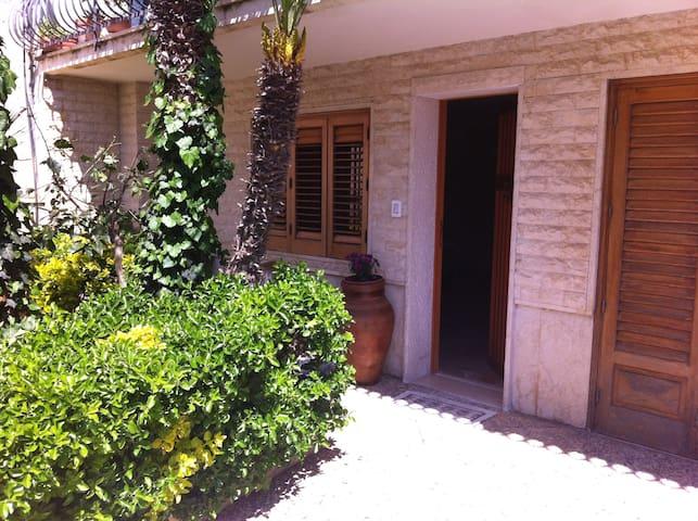 Spazioso appartamento piano terra  - Valderice - Apartament