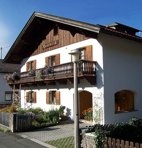 Ferienwohnung 3 für 2 Personen - Mittenwald - Huoneisto