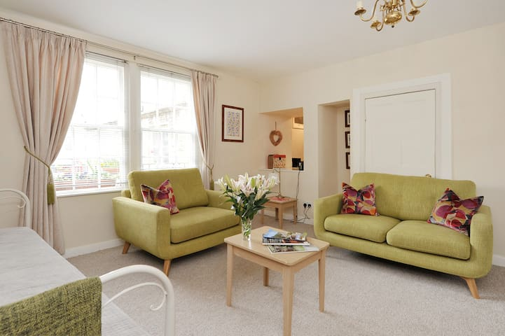 Heart of the town, near river.BEAUTIFUL - Bradford-on-Avon - Appartement