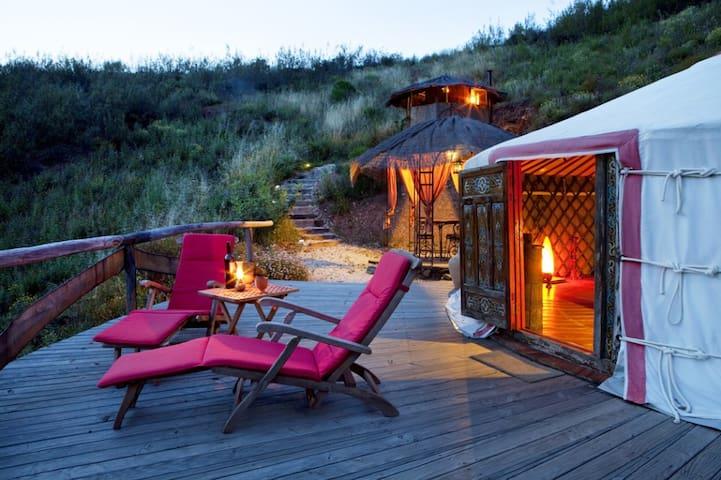 Eco-Lodge Brejeira Yurt - Algarve - Tält