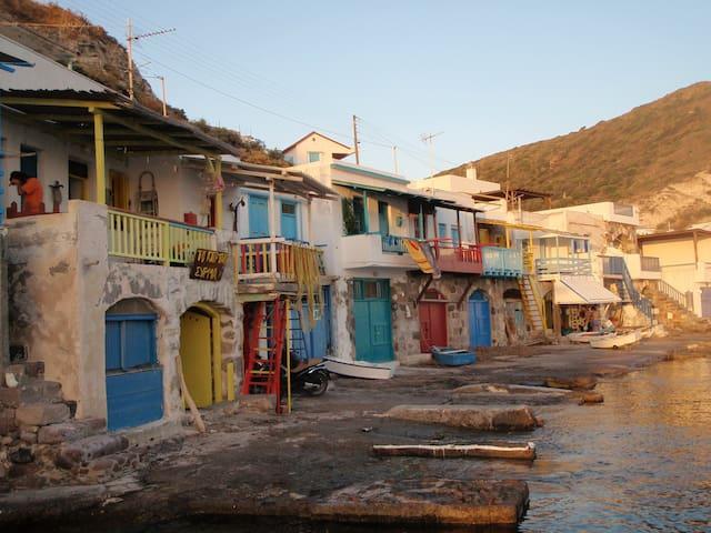 Sirma  the Boat House on the Sea. - Klima - Muu