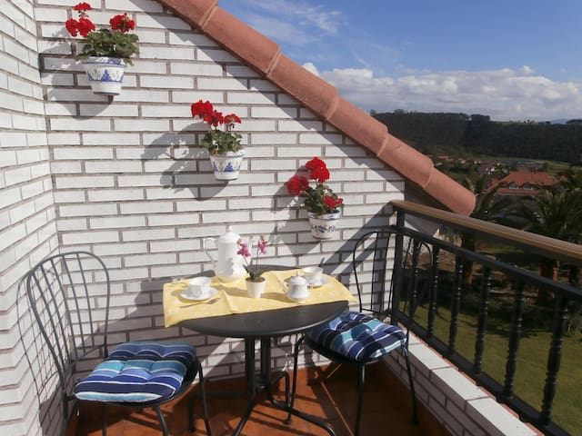 Apartment with wiews near beach - Cantabria - Appartement