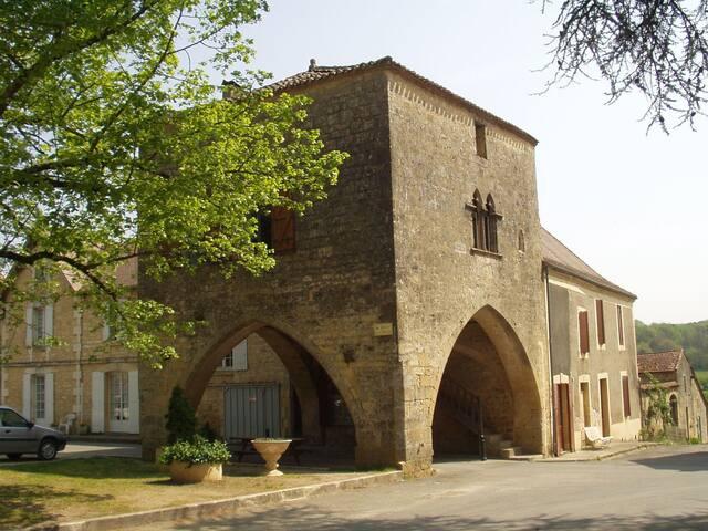 La Maison du Bayle - Molières - Slott