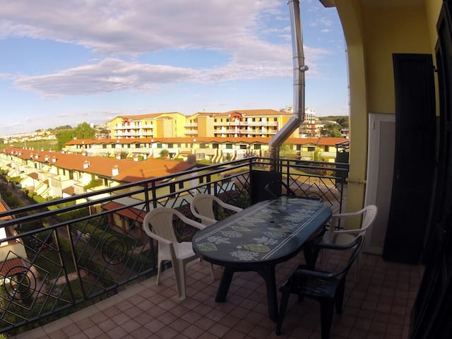 Apartment with terrace near beach - Eraclea Mare - Appartement
