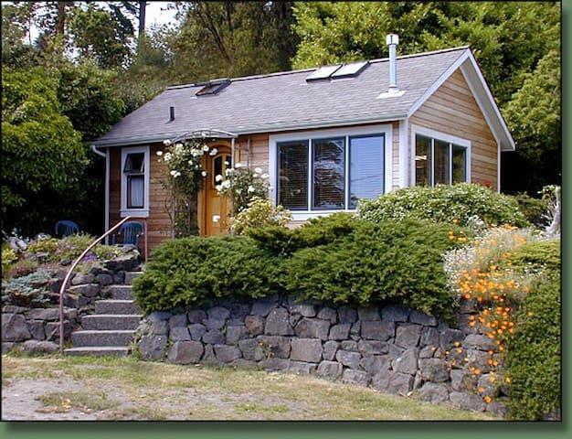 Morgan Hill Guest Cottage - Port Townsend - Chalet