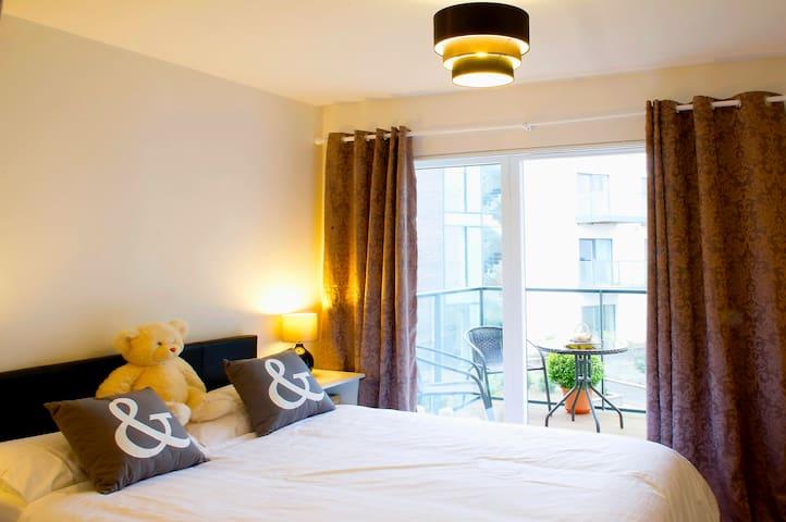 Great double room,Dublin - Dolphins Barn - Daire