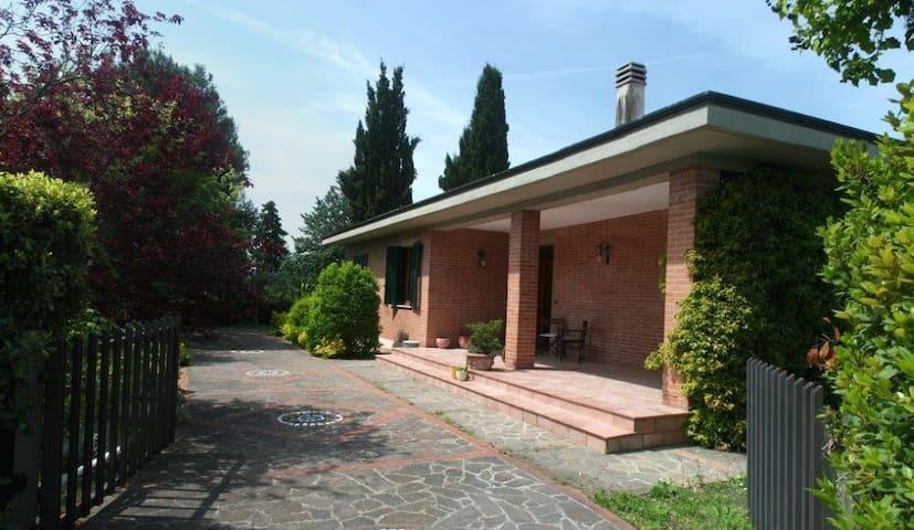 Casa nel cuore della Toscana - Montecchio - Дом