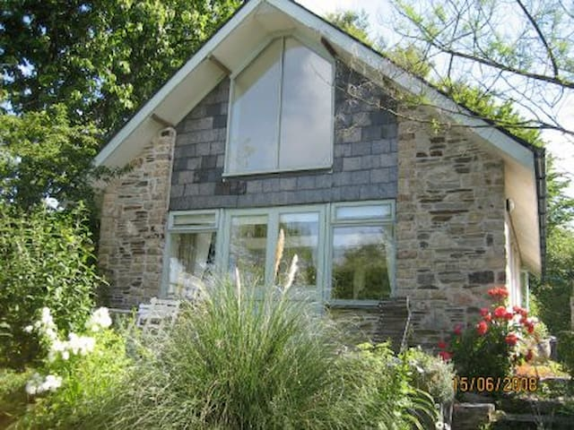 Holiday cottage on the Tamar river  - Hole's Hole - Huis