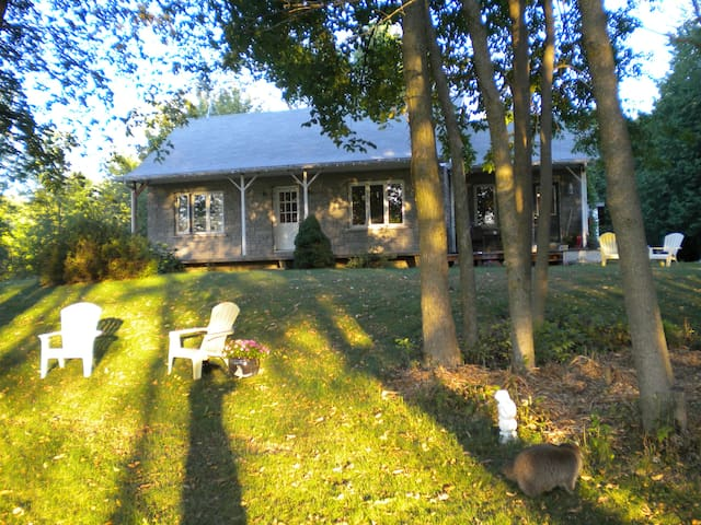 Country Home Close to Ottawa - Crysler - Huis