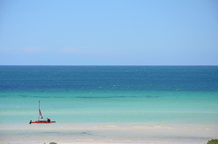 Absolute Beachfront with a DINGHY! - Island Beach - Ev