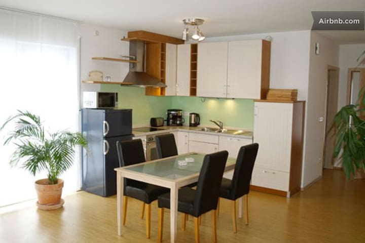 Apartment in the countryside - Allershausen - Дом