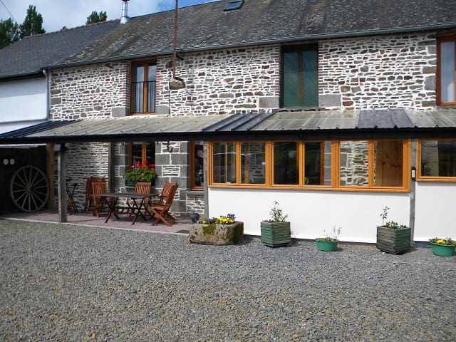 Le Pré Bed and Breakfast - Lower-Normandy - Bed & Breakfast