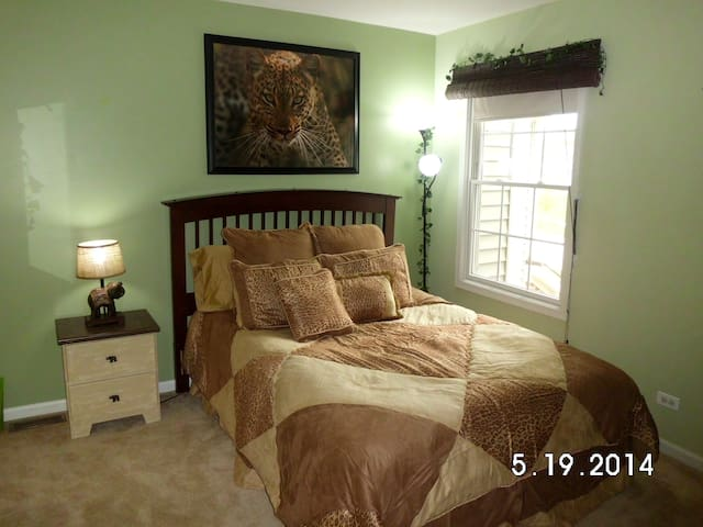 Comfortable Room In Great Location! - Cary - Hus