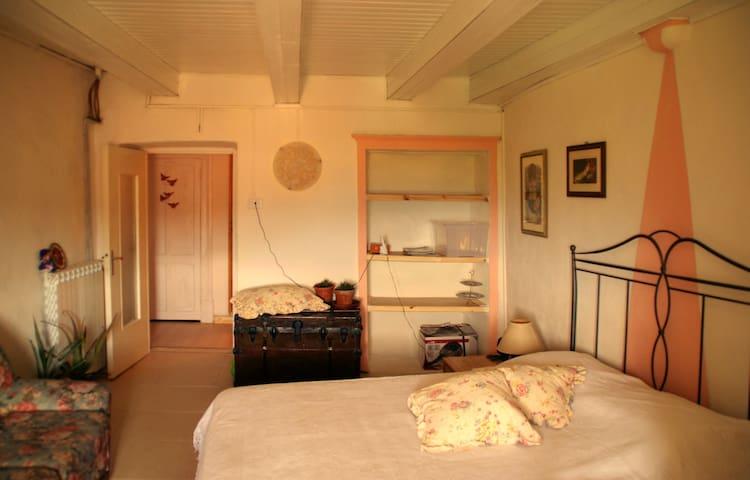 A Small Shelter against Stress - Tendola - Leilighet