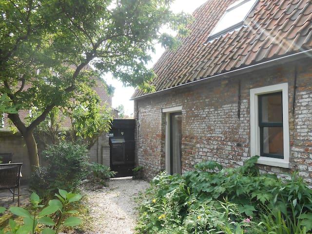 ruime woning in rustige straat - Dreischor - Casa