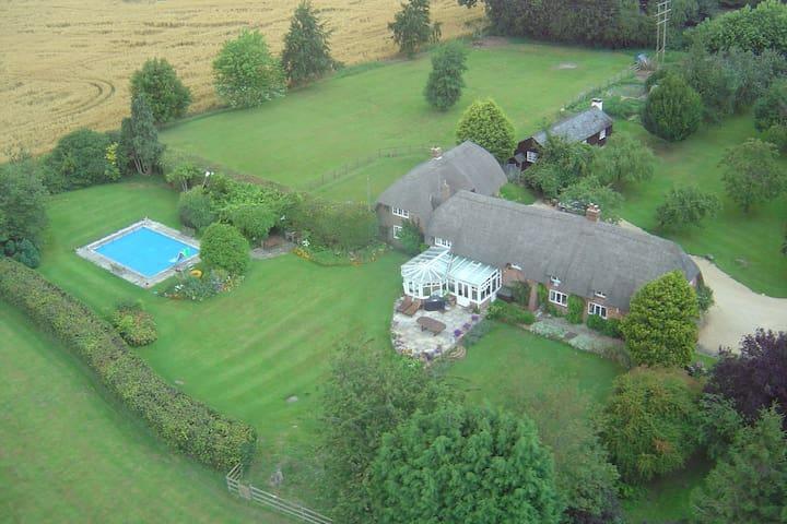 Romantic getaway in quiet location - Marlborough - Casa