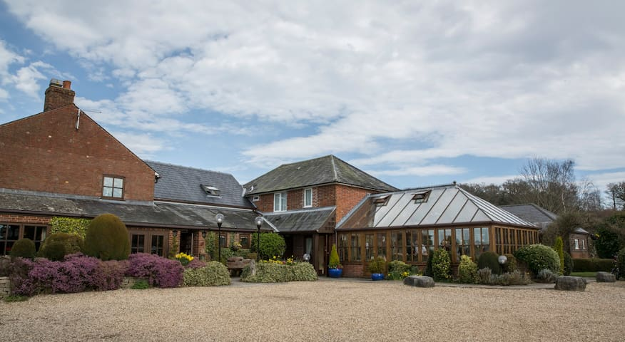 a restaurant with rooms - Fordingbridge - Bed & Breakfast